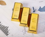 Should Investors Sell Gold Etfs Now