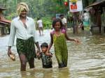 Pm Modi Visits Kerala Announces Rs 500 Crore Relief Fund