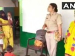 Guddan Choudhary A Pc Cum Teacher Give 50 Percent Of Her Salary To Poor Underpriveleged Students