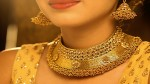 Gold Price Falls Rs 10000 In Six Months People Started Buying Gold Jewels