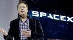 Elon Musk S Spacex Wins 2 9 Billion Moon Lander Contract Check Musk Tweet