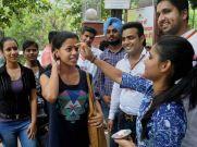 ஐடி நிறுவனங்கள் பிரஷ்ஷர்கள் சம்பளத்தைக் குறைக்கின்றன: மொஹந்தாஸ் பய்