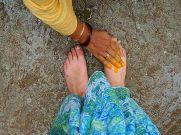 3 மணி நேர போராட்டத்துக்குப் பின், மகனின் காலில் விழுந்து வீடு வாங்கிய அப்பா...!