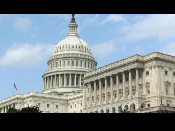 டன் கணக்கில் தங்கம் வைத்திருக்கும் 10 நாடுகள்..!  28-1385642446-1-washington-dc-capitol-building-united-states-america-s-136581