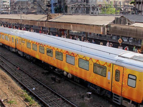 Railway Privatization: இந்தியாவின் முதல் தனியார் ரயில்! கூ.. சிக்கு புக்கு சிக்கு புக்கு... உஊஊ..!