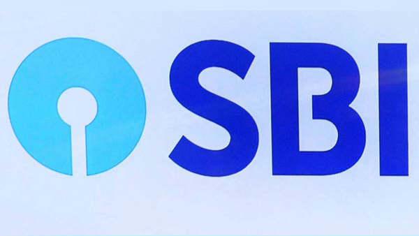 இனி எல்லோரும் ஈஸியா கார் வாங்கலாம்.. கடன்களுக்கான குறைந்தபட்ச வட்டியை குறைத்த SBI.. அதிரடி சலுகை!