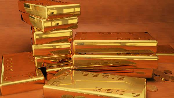 தங்கம் பவுனுக்கு 1,920 குறைஞ்சுதே வாங்கலயா..! இப்போதைய விலை என்ன..?