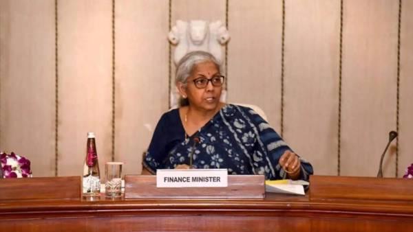 GST Council Meet: கோவிட்19 மருந்துகளுக்கான வரித் தளர்வுகள் டிசம்பர் 31 வரை நீட்டிப்பு..!