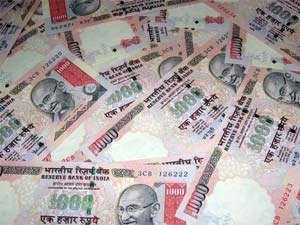 Rupee Plunges Into Abyss Hits 57 Dollar