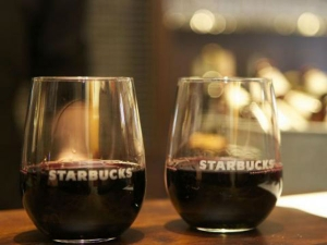 Starbucks Start Alcohol Sales Thousands Stores