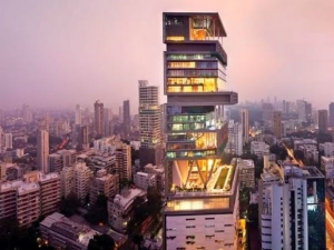 Mukesh Ambani S Home Outrageously Expensive Forbes