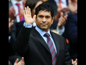 Tendulkar S Smaaash Hits Sixer With Private Equity
