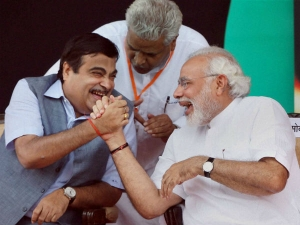 Old Shipping Laws Need Be Changed Gadkari