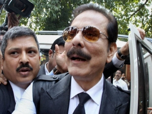 Sahara Gives Rs 1 885 Crore Post Dated Cheques