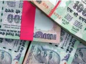 Rupee Weakens 63 24 On Dollar Buying
