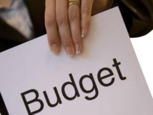 Tips Keep Your Household Budget On Track