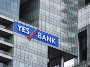 Yes Bank Plans Up 1 Billion Share Sale
