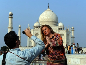 Seven Fold Rise Tourist Arrivals On E Visa