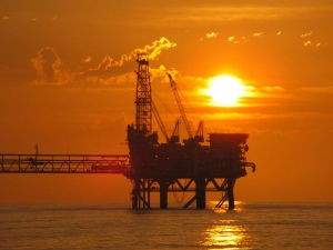 Oil Prices Fall After Strong Rally But Sentiment Remains Co