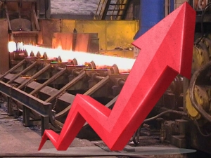 Factory Growth India Nears 3 Yr High August