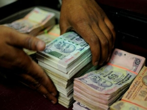 Fpis Lap Up Government Bonds Worth Rs 15 000 Crore After New