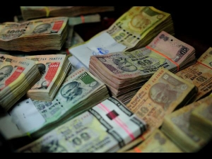 Fpi Take Rs 2 800 Crore Two Weeks