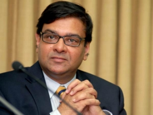 Rbi Governor Urjit Patel Gets Rs 2 Lakh Pay No Support Staf