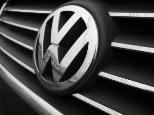 Volkswagen Cut 30 000 Jobs