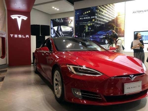 Tesla India Elon Musk Hints Summer Launch