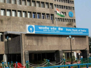 After Merger Sbi Announces 15 Bps Base Rate Cut