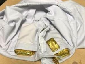 kg Gold Smuggled 63 Year Old
