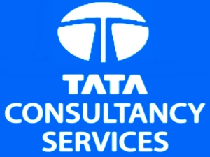 Tcs Scales Rs 8 Trillion Market Cap Next Reliance Industries