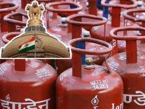 Lpg Subsidy Won T Be Cut Down Dharmendra Pradhan