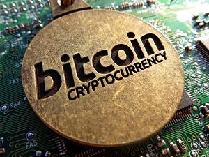 Bitcoin Tops 10 000 Marks 10 Fold Increase