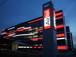 Bharti Airtel Profit Falls Sixth Straight Quarter