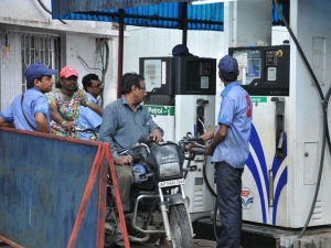 Govt Cheated Public Petrol Diesel Prices Also Remain Unchanged Excise Duty Cut By Rs