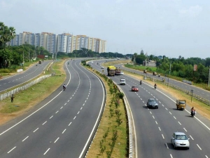 Modi Govt Plans New Delhi Mumbai Express Highway At Cost Rs 1 Lakh Crore Nitin Gadkari