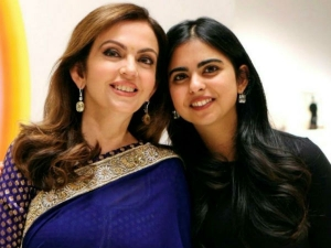 Anand Piramal Proposed Isha Ambani At Temple
