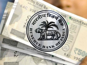 How Rbi Checks Rupee S Plunge Why