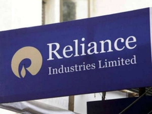 Reliance Industries Q2 Profit Rises