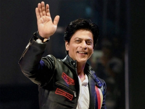 Shah Rukh Khan Declares Himself Unofficial Brand Ambassador Air India