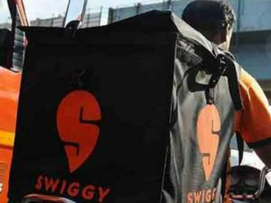 Swiggy Launches Stores Platform Fmcg Medicine Delivery