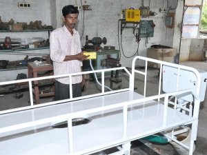National Innovation Award Making Remote Control Bed