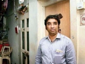 Vinoth From Mumbai Surrendered His 5 8 Crore Worth House Togovernment For Worst Vaastu