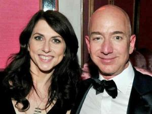 Jeff Bezos To Give 35 Billion Of Amazon Stock To Makenzie