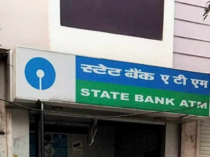 Sbi Monthly Balance Of 1 Lakh Or More Can Also Do Unlimited Transactions At All Atm