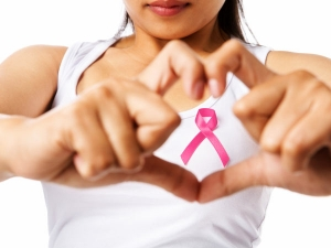 Lux To Alert Women About Early Signs Of Breast Cancer Awareness