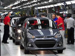 Maruti Hyundai Plummeting April Sales Hopes Of Demand Recovery