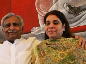 Naresh Goyal And Anita Goyal Stopped From Flying Out Of India