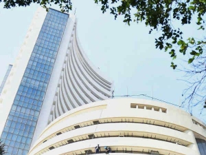 Sensex Lost 1 24 Lakh Crore Of Market Capitalization Today